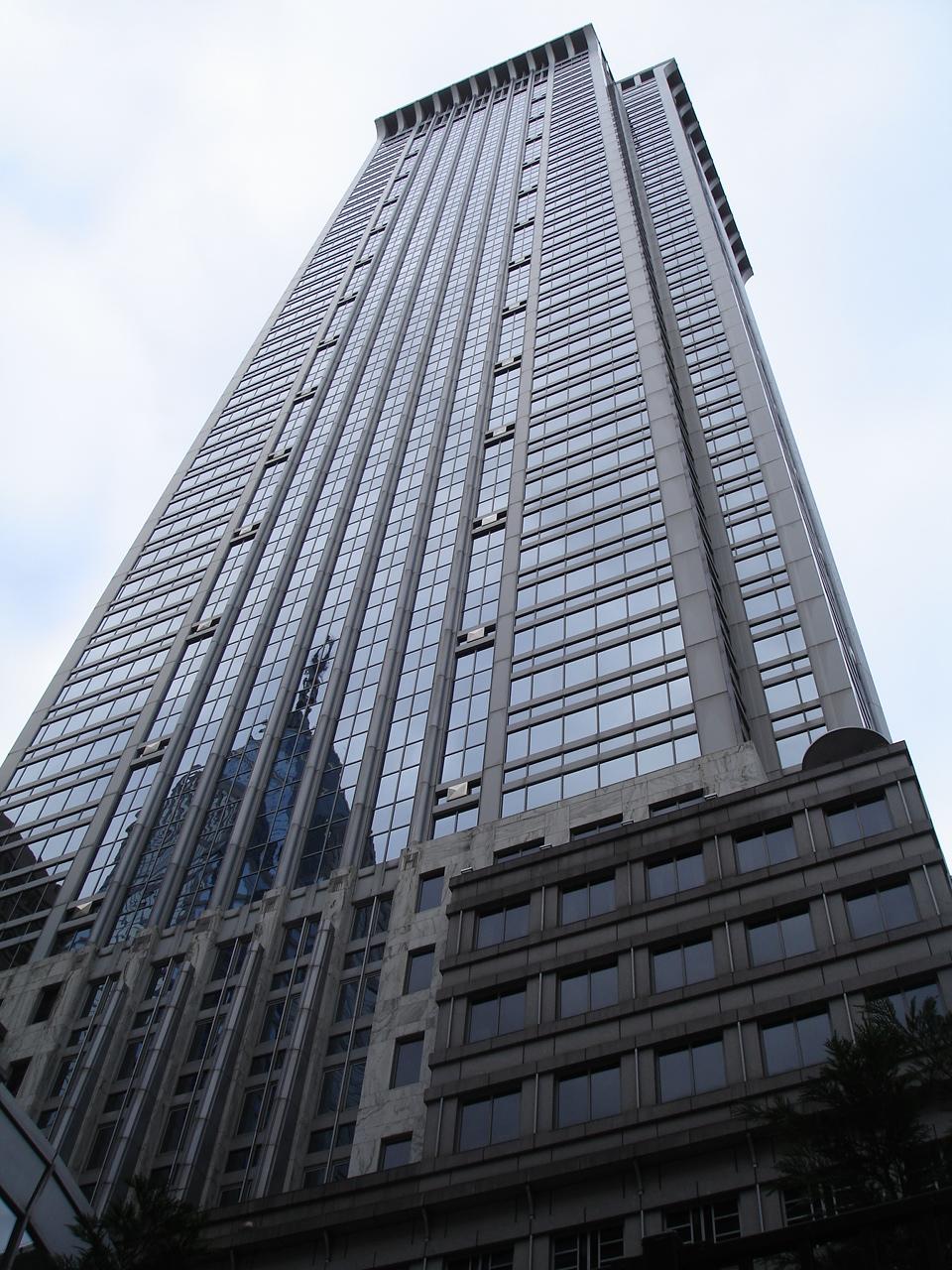 Один из небоскребов на улицах Филадельфии