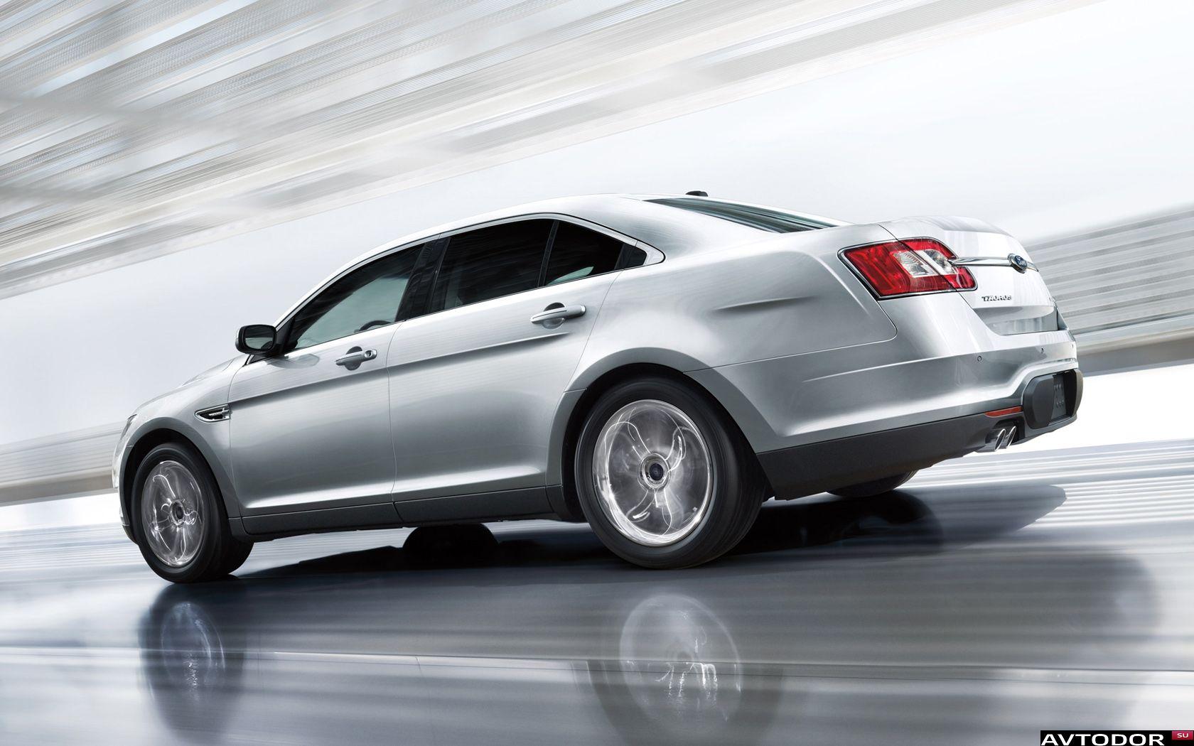 Ford-Taurus-2012-1680x1050-006