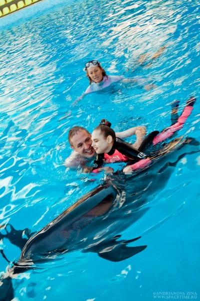 Лера с дельфином 3