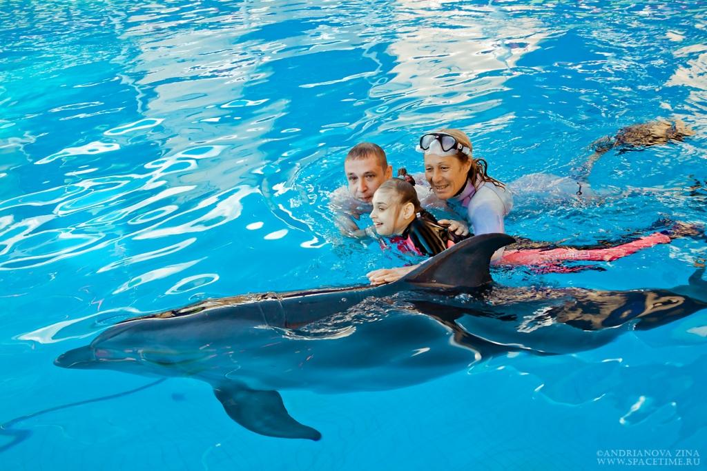 Лера с дельфином 5
